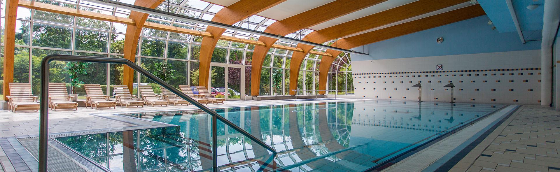 Vnitřní a venkovní bazény
